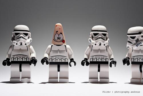 お子様に!2014年9月はレゴ体験会ラッシュ!トイザらスで毎回違うレゴがもらえる('ω')ノ予定を合わせて行くしかな~い( *´艸`)