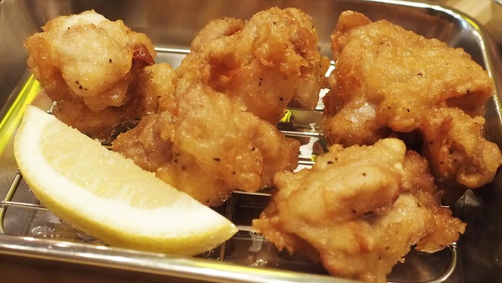 からあげ&ハイボール『カラハイゴールド』@旭日食肉横丁 立川肉市場はモヒートも最高!!